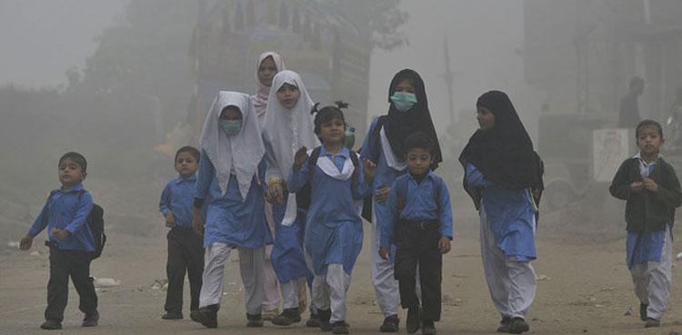 پنجاب کے تمام اسکولوں میں موسم سرما کی تعطیلات میں توسیع کردی گئی